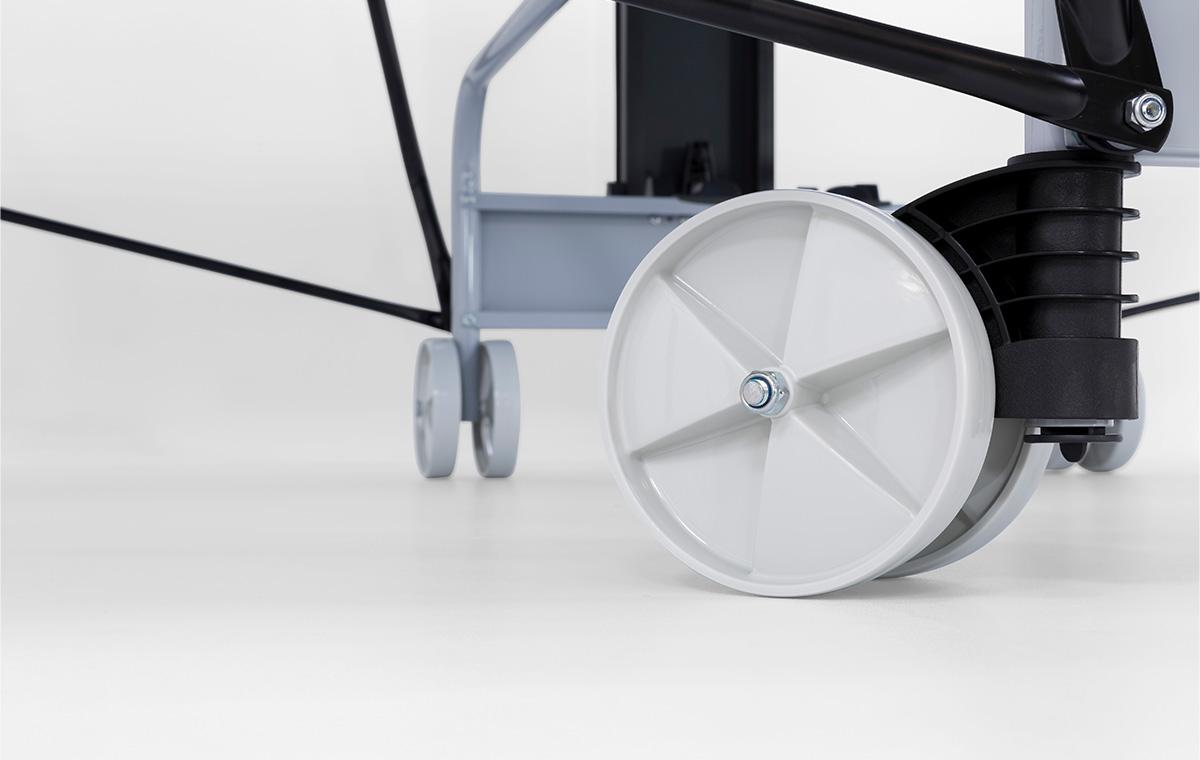 S 3-73 e Wheels/Feet